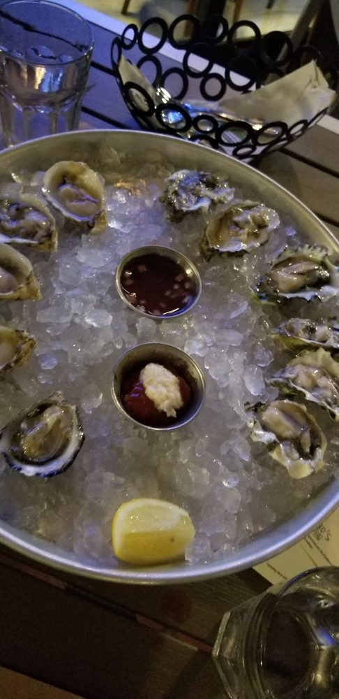 Gringos oyster bar: 1549 Sunset Dr, Miami, FL