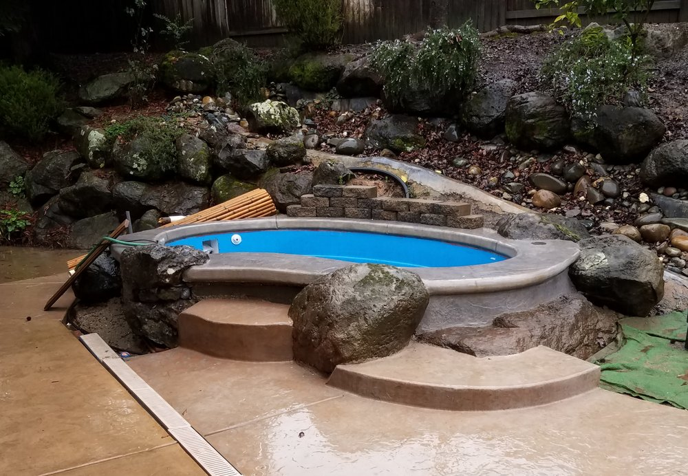 San Juan Pools: 850 N Davidson St, Eloy, AZ