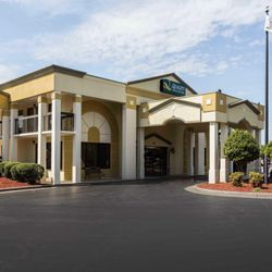Photo Of Quality Inn Suites Mooresville Nc United States