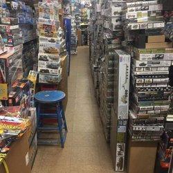 Hobbytown USA - 17 Photos & 47 Reviews - Toy Stores - 4590 W Sahara