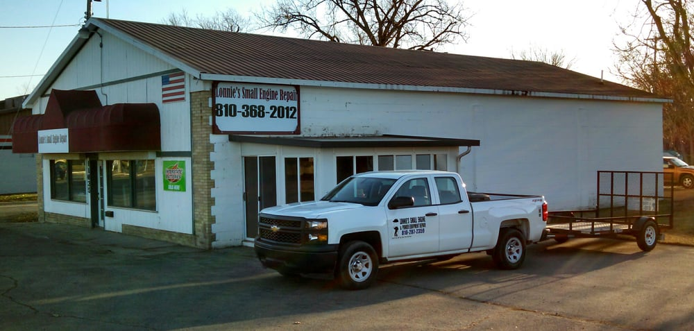 Lonnie's Small Engine Repair: 11635 N Saginaw St, Mount Morris, MI