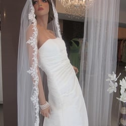 Olena Braut Abendmode Brautmode Hochzeitsdeko Friedrich
