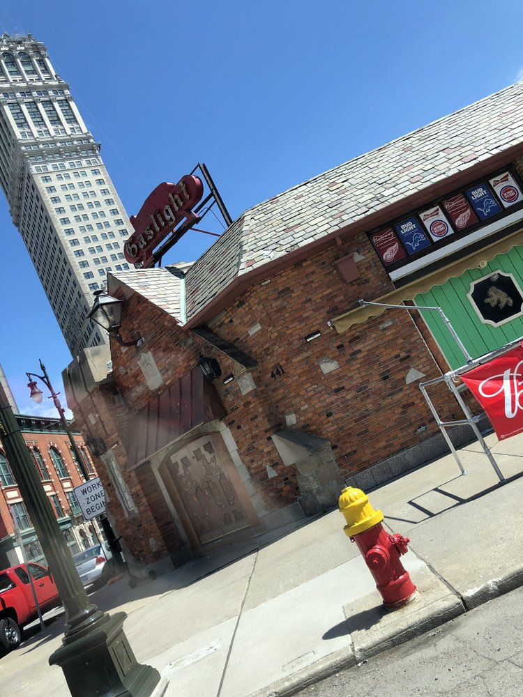 Nick's Gaslight Restaurant & Lounge: 441 Grand River Ave, Detroit, MI