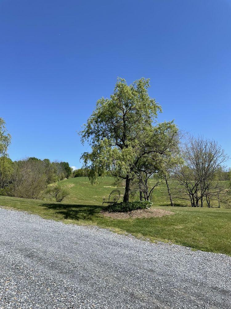 The Grove at Kempton: 2758 Rte 143, Kempton, PA