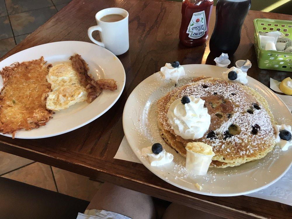 Boulevard Family Restaurant: 7507 Little Rd, New Port Richey, FL
