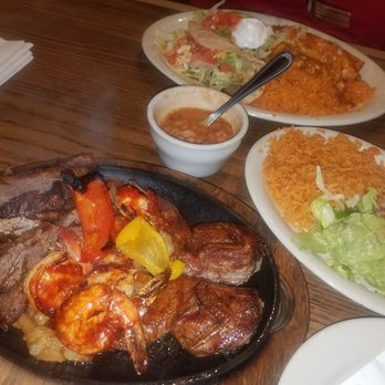 Los Molcajetes Restaurant Menu