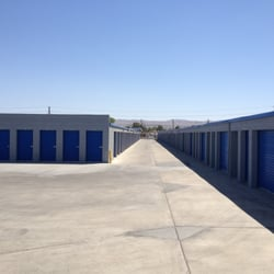 A american self storage alquiler de dep sitos 200 e for Ridgecrest storage units