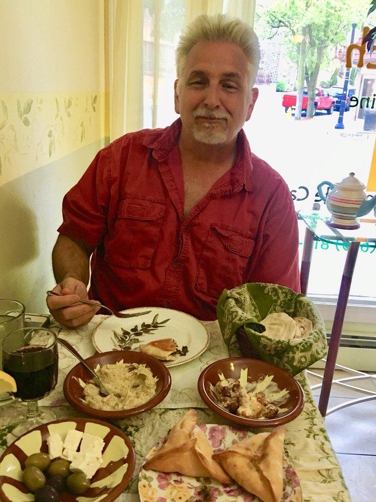 Olive Branch Cafe & Restaurant: 355 Broadway, Bethlehem, PA