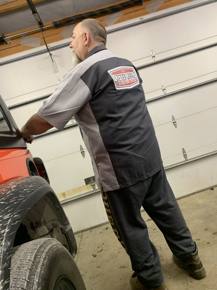 Stetler Garage: 32 W 200th S, Columbia City, IN