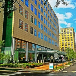 The Center for Cancer Care of Saint Joseph Hospital