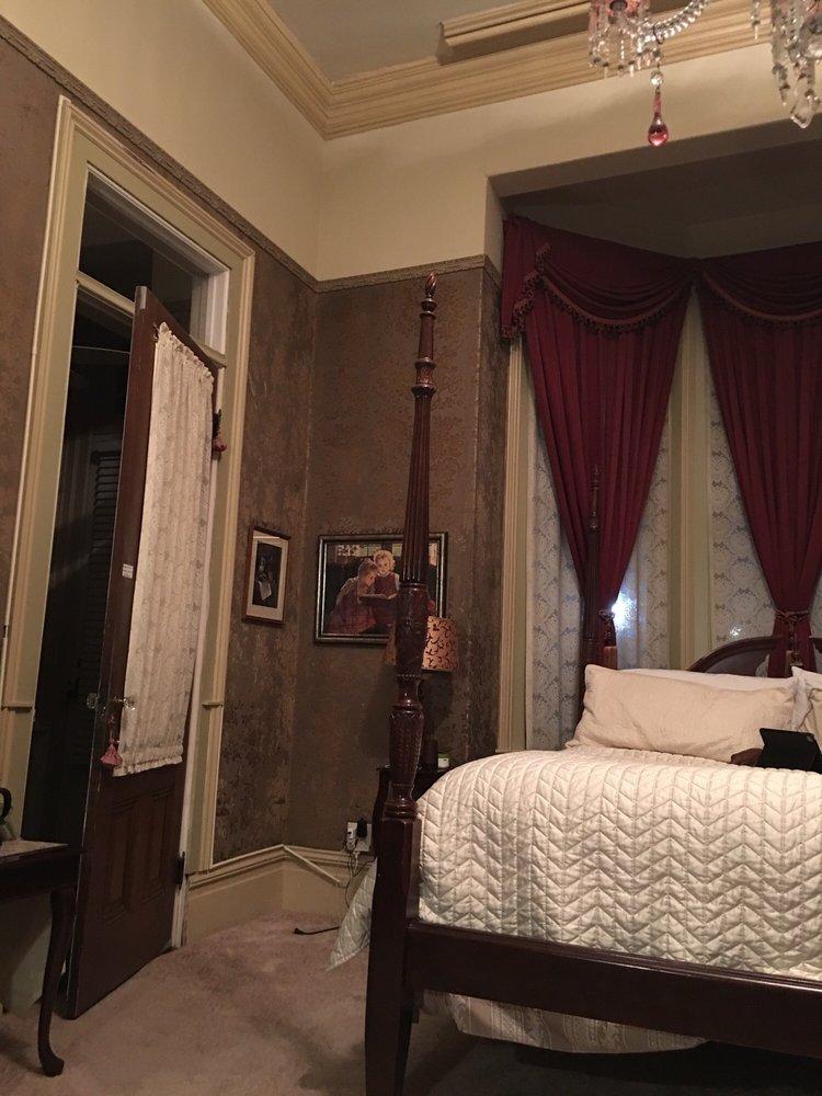 The McClelland-Priest Bed & Breakfast: 569 Randolph St, Napa, CA