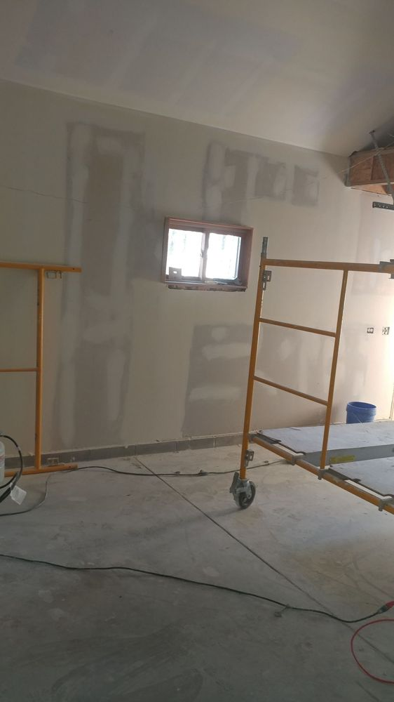 Ed & Sons Painting and Drywall: Antioch, IL