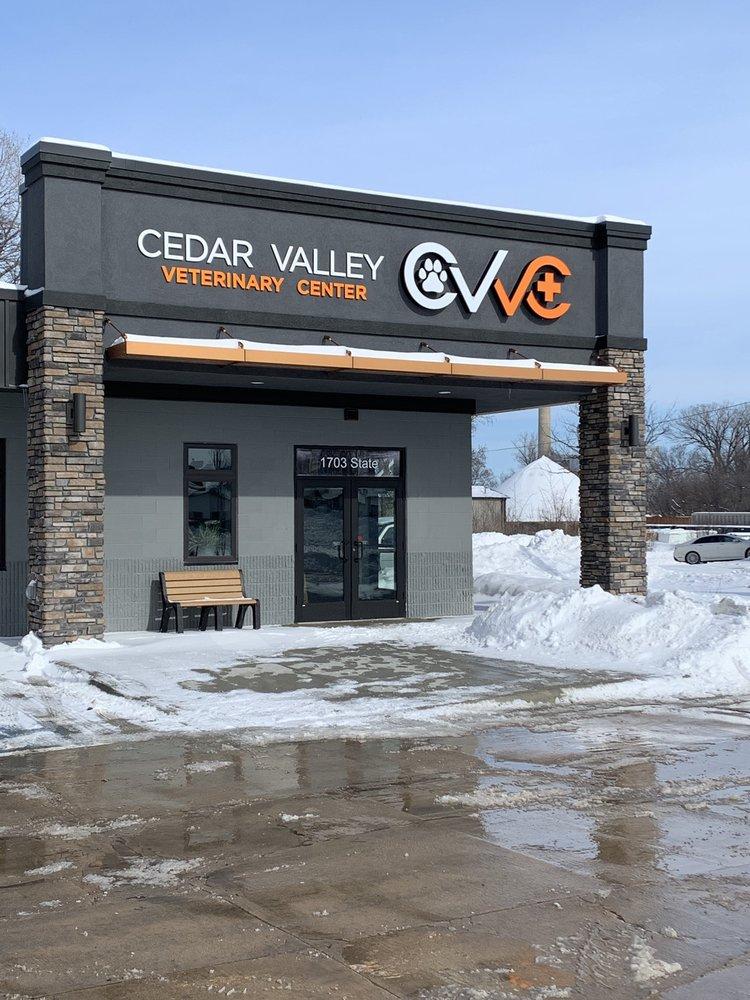 Cedar Valley Veterinary Clinic: 1703 State St, Cedar Falls, IA