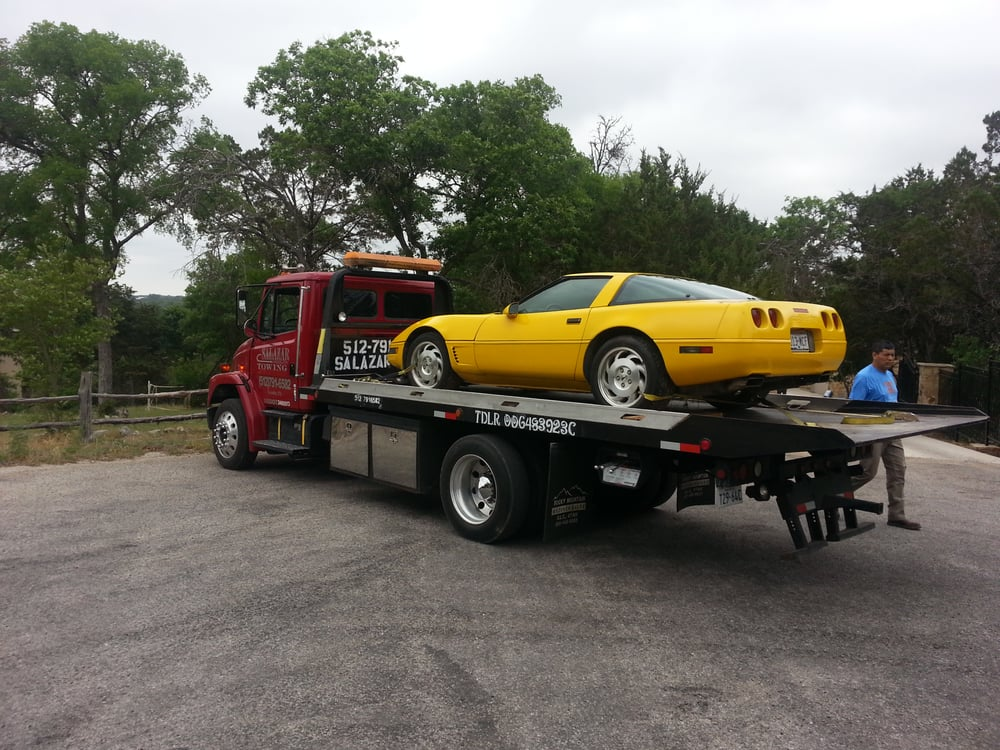 Salazar Towing: Houston, TX