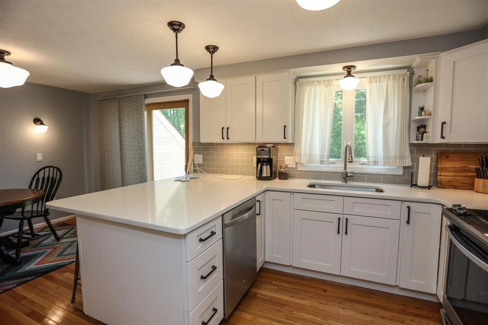 Quality Granite & Cabinets: 78 Regional Dr, Concord, NH