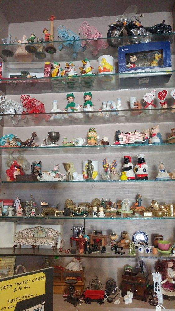 Paul's General Store & Mini Market