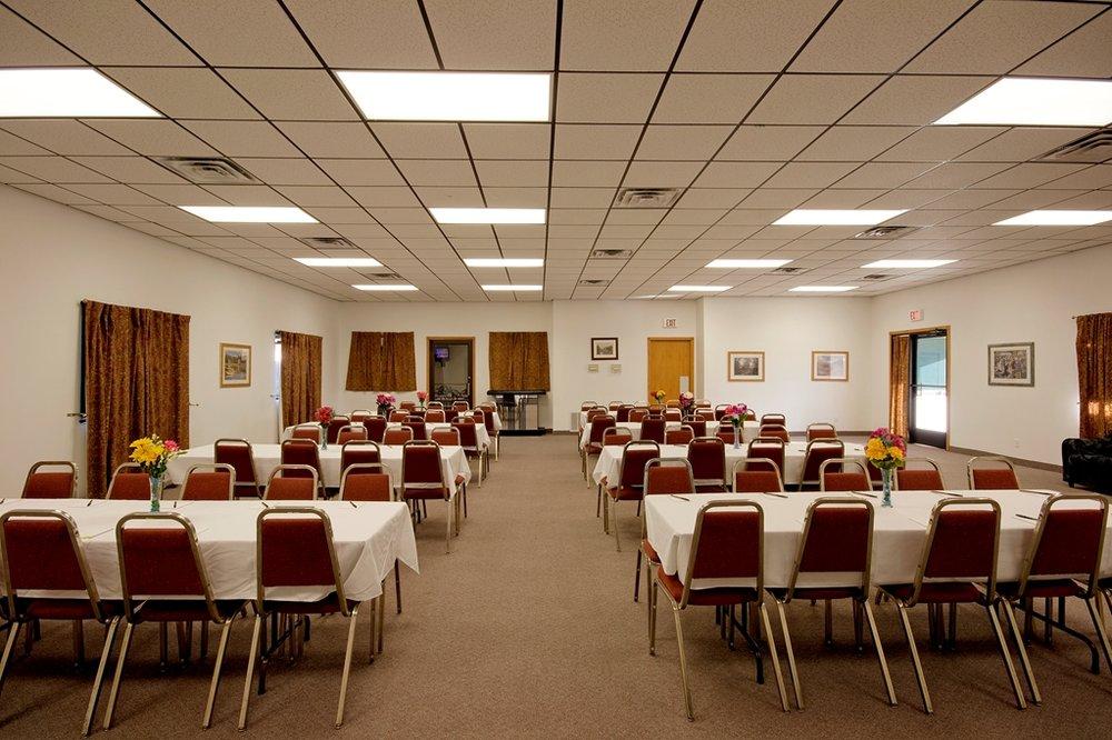 Americas Best Value Inn & Suites Nevada: 2345 E Marvel Rd, Nevada, MO