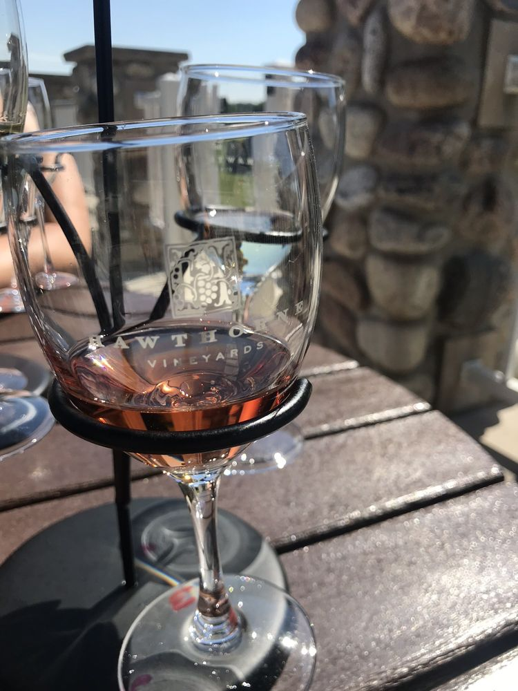 Hawthorne Vineyards: 1000 Camino Maria Dr, Traverse City, MI