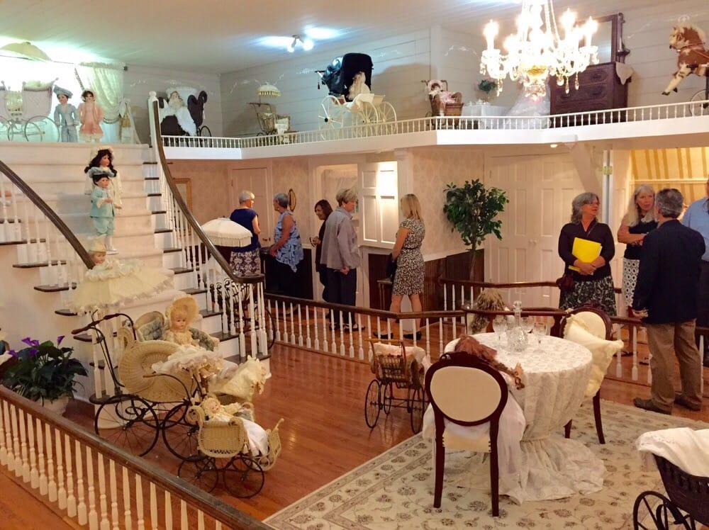 Heritage Farm Museum & Village: 3300 Harvey Rd, Huntington, WV