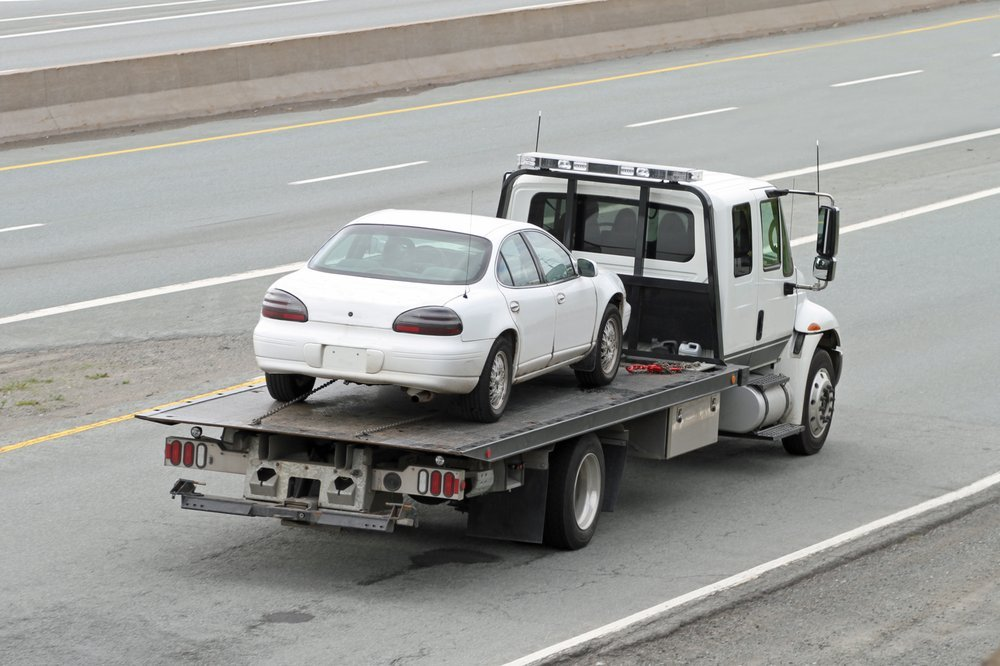 Tri-State Towing and Recovery: 1705 S Green St, Henderson, KY