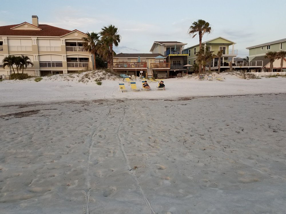 Sun Burst Inn: 19204 Gulf Blvd, Indian Shores, FL