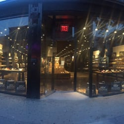 Flatbush Shoe Stores