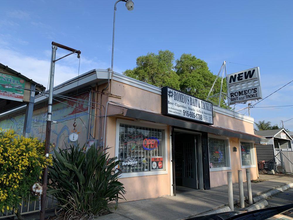 Romeo's Bait & Tackle Shop: 8120 Freeport Blvd, Sacramento, CA