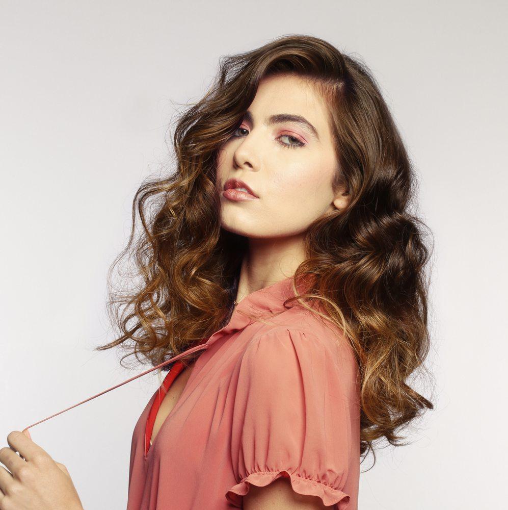 L salon color group 302 photos 297 avis coiffeurs for Samantha oups au salon de coiffure