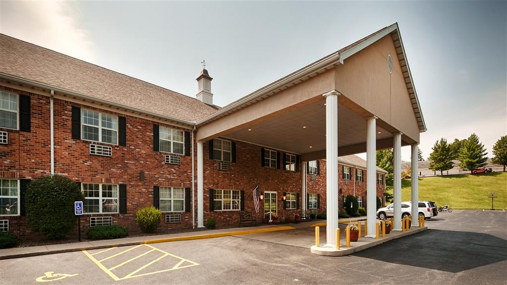 Best Western Chester Hotel: 2150 State St, Chester, IL