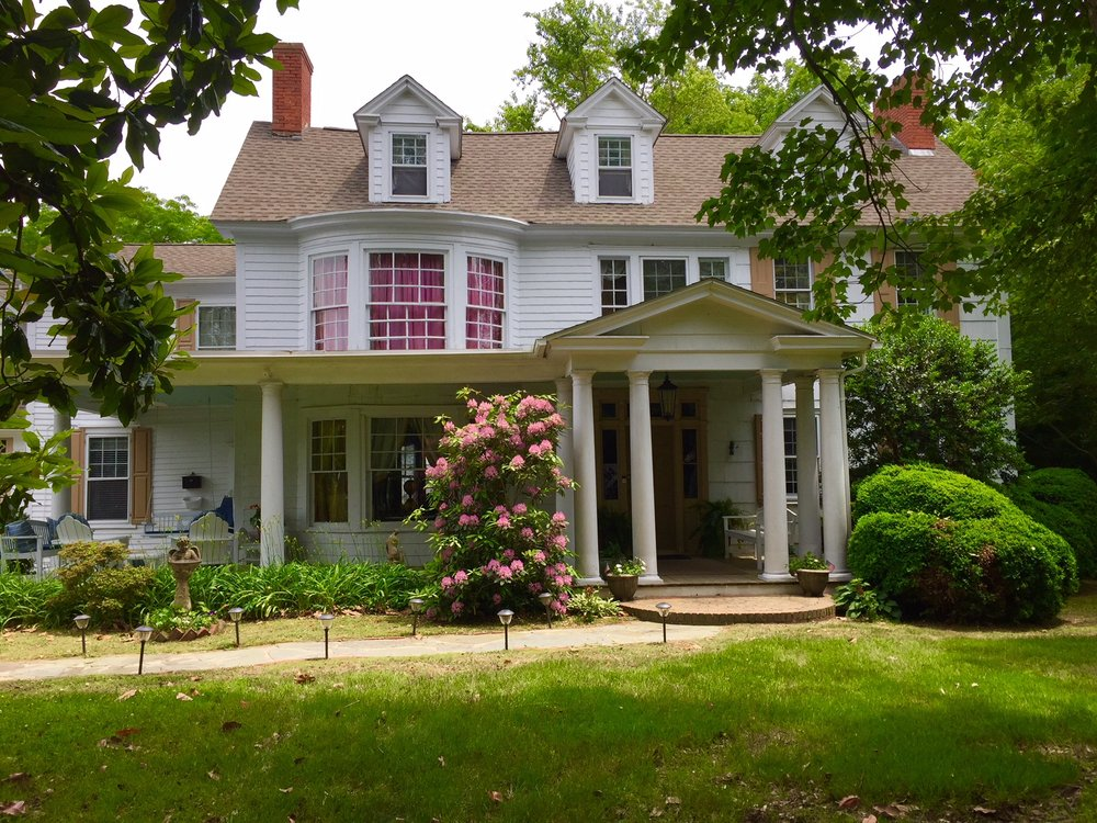 The Governor's Bed and Breakfast: 327 Union St, Milton, DE