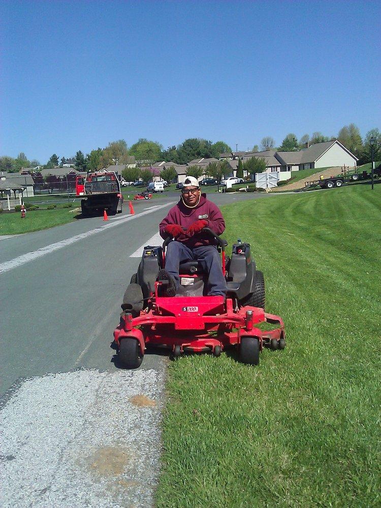 Williams Brothers Tree & Lawn Service: 54 Kerry Ln, Staunton, VA
