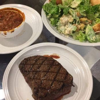 The Texas Roadhouse menu offers a look at our hand-cut steaks, ribs, chicken, salads, desserts & more. Learn more about your favorite steakhouse item today.