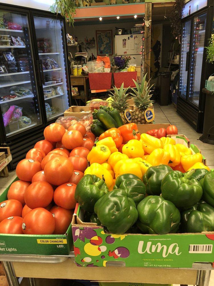 Linea Verde Green Market: 4619 Liberty Ave, Pittsburgh, PA