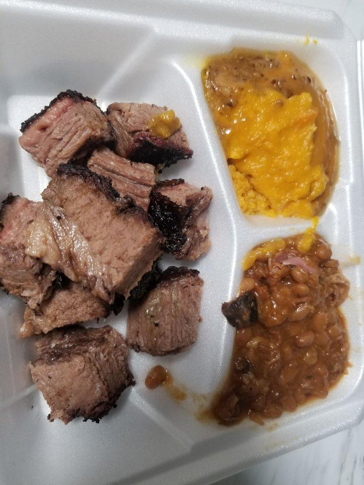 Woo Pig Mooie BBQ: 401 West Centerton Blvd, Centerton, AR