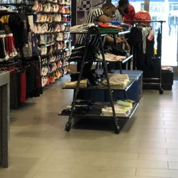 b452609757 Photo of Kids Foot Locker 46531 - Brooklyn, NY, United States. Another  example