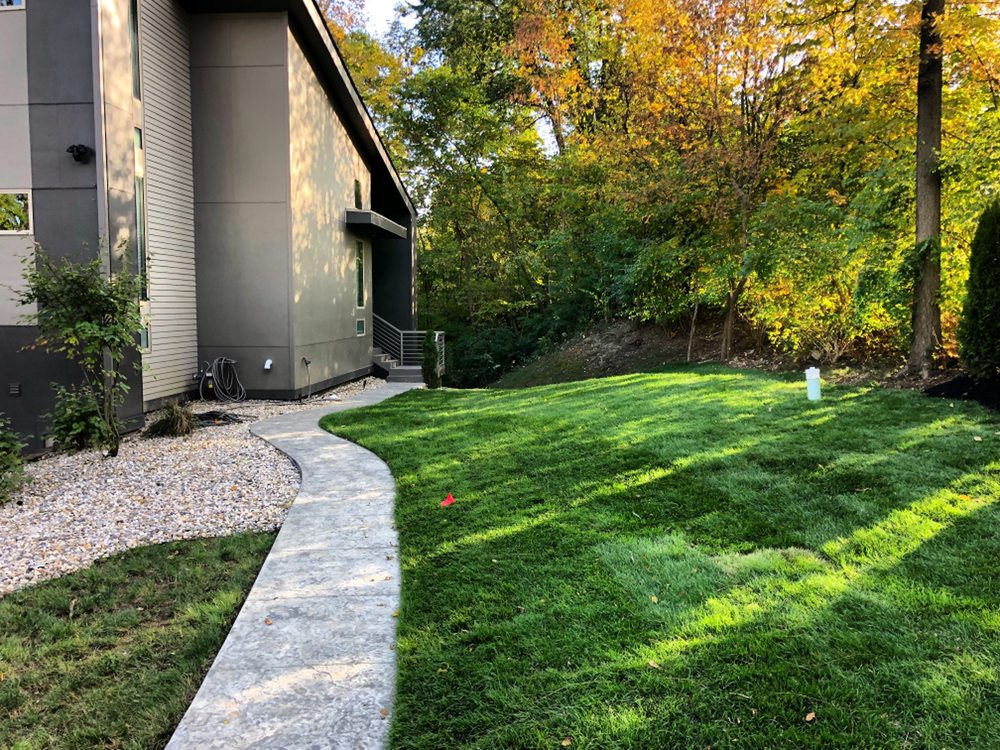 Edwards Landscaping & Lawn Care: Lebanon, IN
