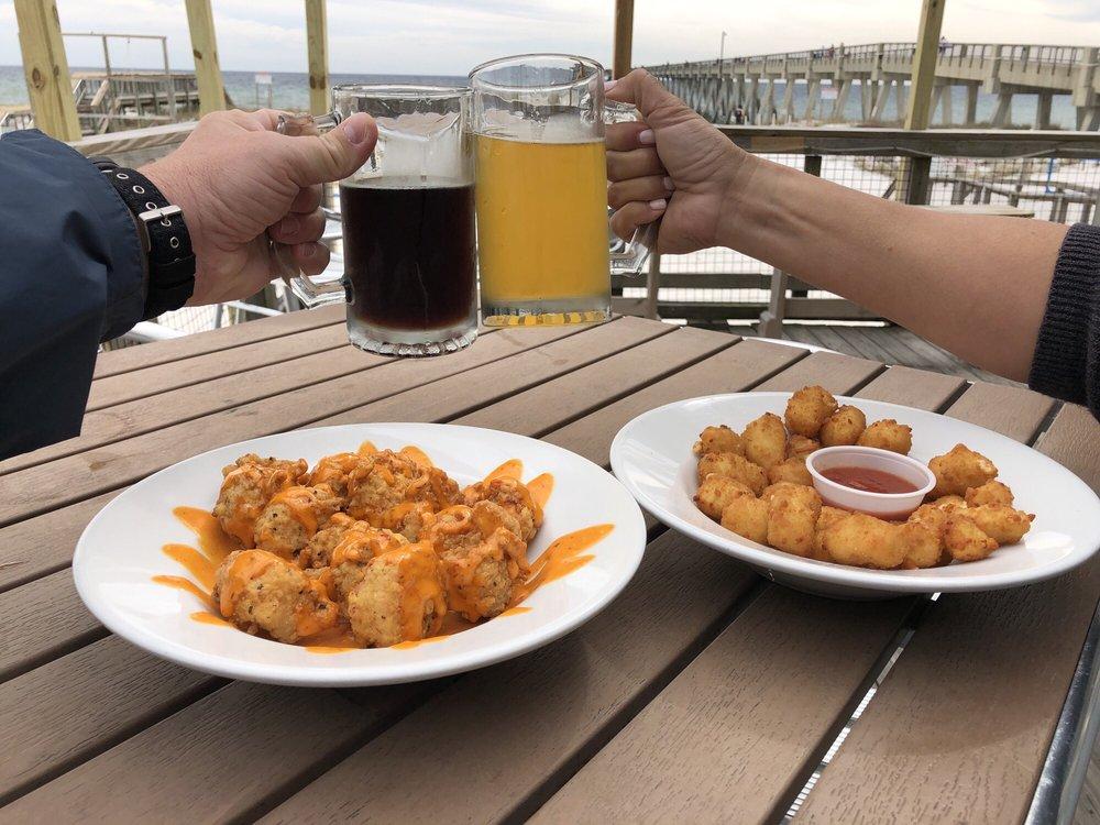 Windjammers on the Pier: 8579 Gulf Blvd, Navarre, FL