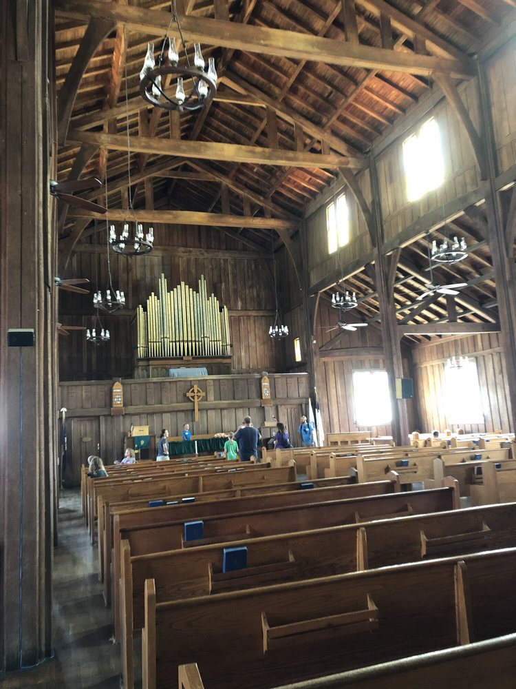 Buckhorn Lake Log Cathedral: 300 Buckhorn Ln, Buckhorn, KY