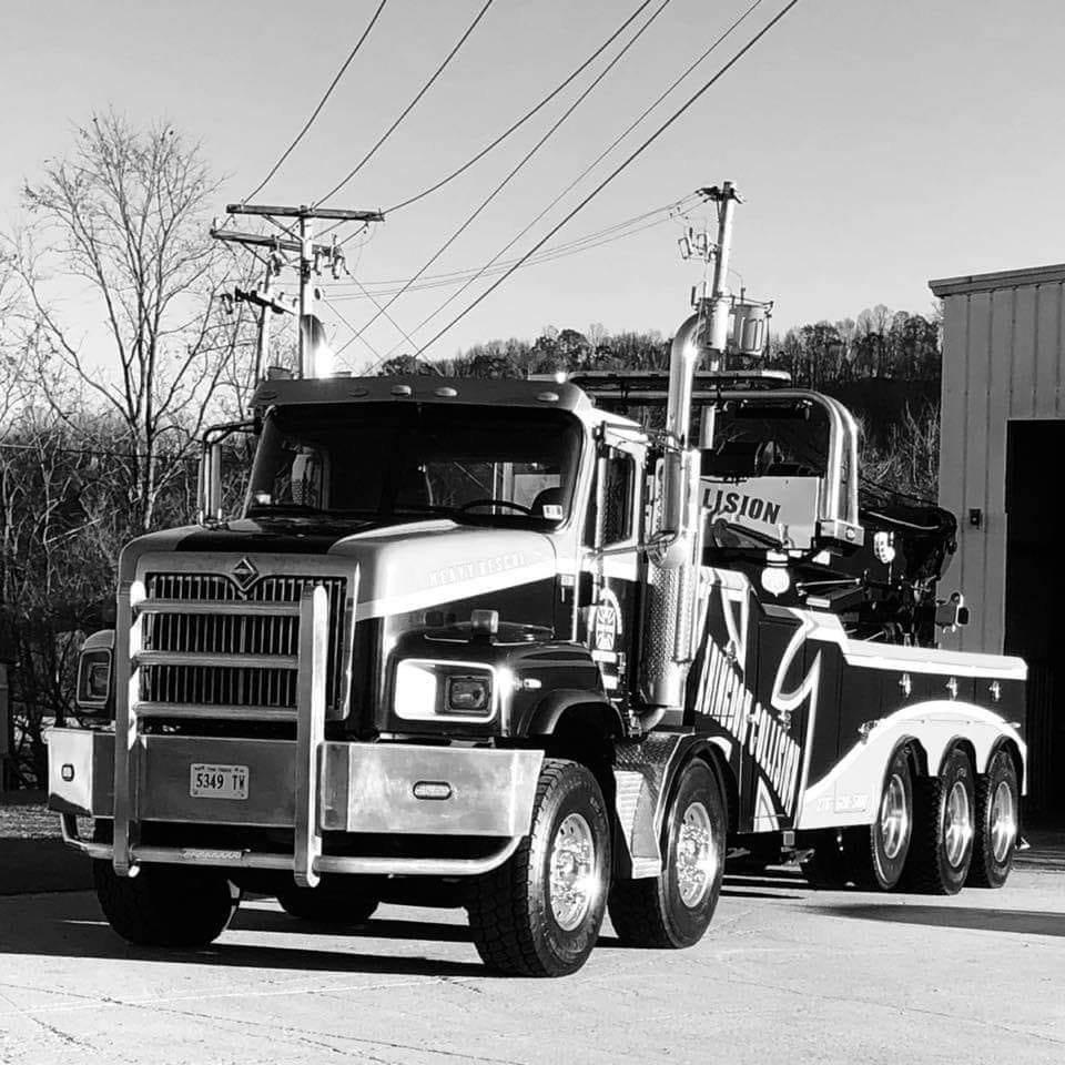 Abingdon Collision & Towing: 17225 Jeb Stuart Hwy, Abingdon, VA