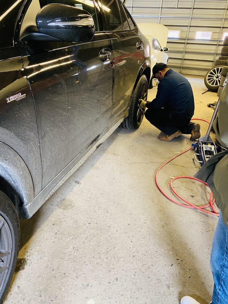 Robbins & Franke Tires & Auto Repair: 611 Palisade Ave, Cliffside Park, NJ