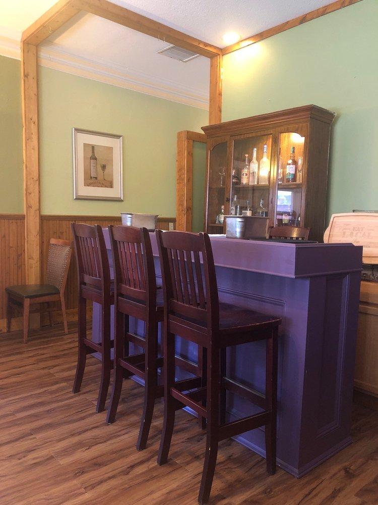 Savory Kitchen: 309 N Main St, Galena, IL