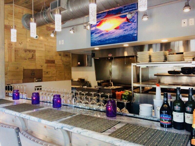 Sunshine Seafood Café and Wine Bar: 11508 Andy Rosse Ln, Captiva, FL