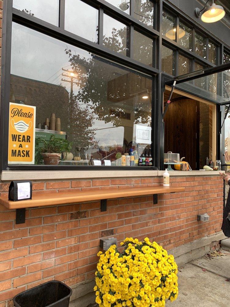 Milwaukee Caffe: 447 E Milwaukee Street, Detroit, MI
