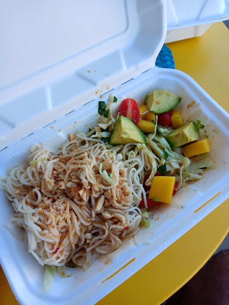 Babaloo Cuban Cafe: 1123 Fremont Blvd, Seaside, CA
