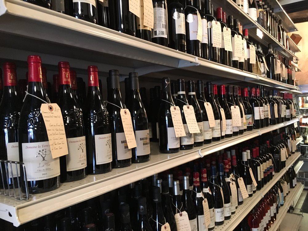Northside Discount Liquors & Wines: 105 Berry St, Brooklyn, NY