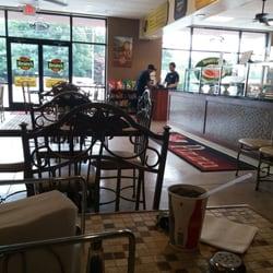 Brunis Pizzeria 32 Reviews Pizza 303 12th St Hammonton Nj