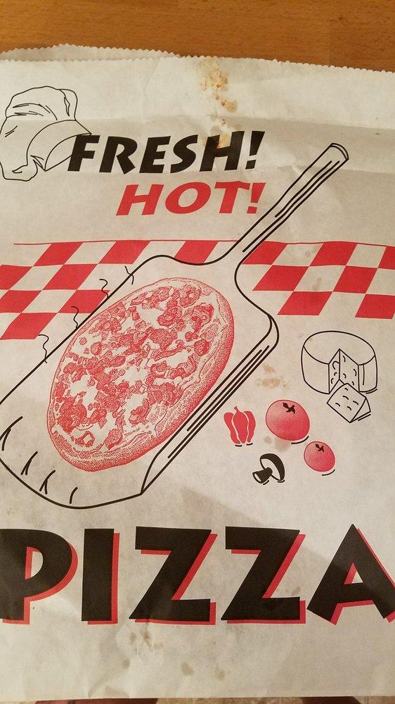 Vito Lucco Pizza: Minneapolis, MN