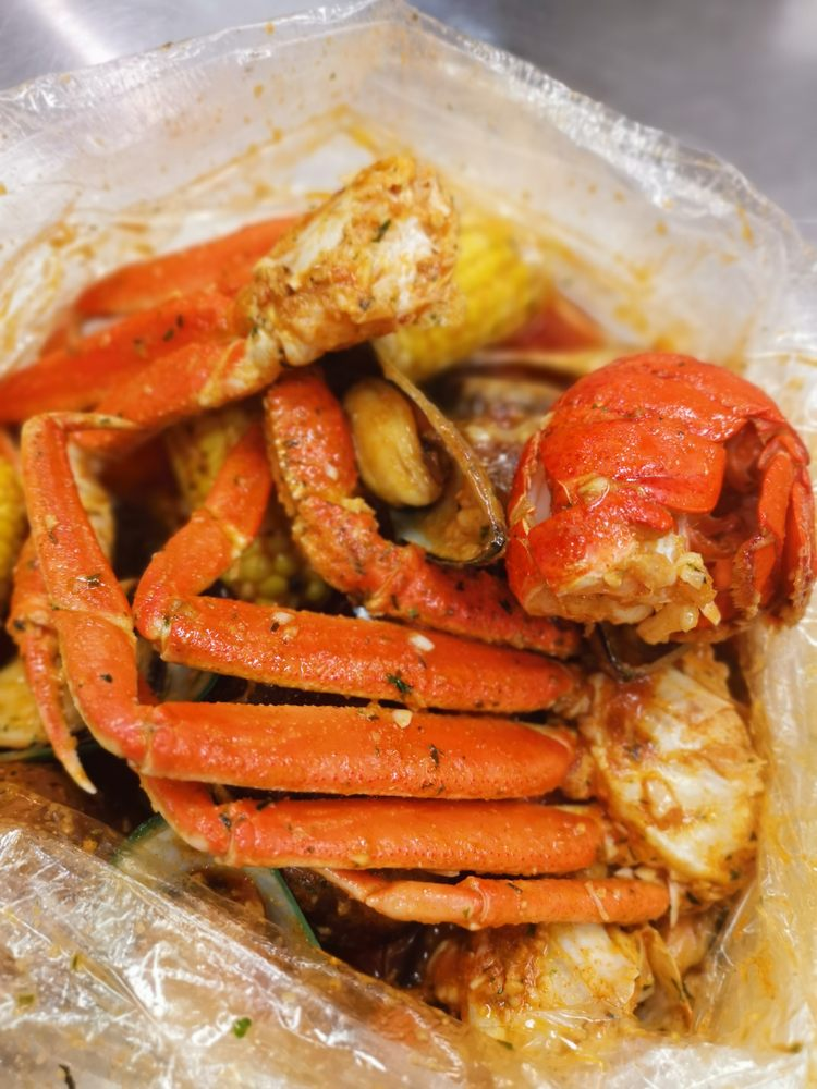 Crazy Crab: 336 Summer St, Fitchburg, MA