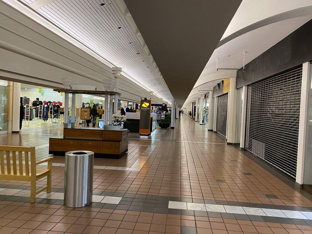 Greenbriar Mall: 2841 Greenbriar Pkwy SW, Atlanta, GA