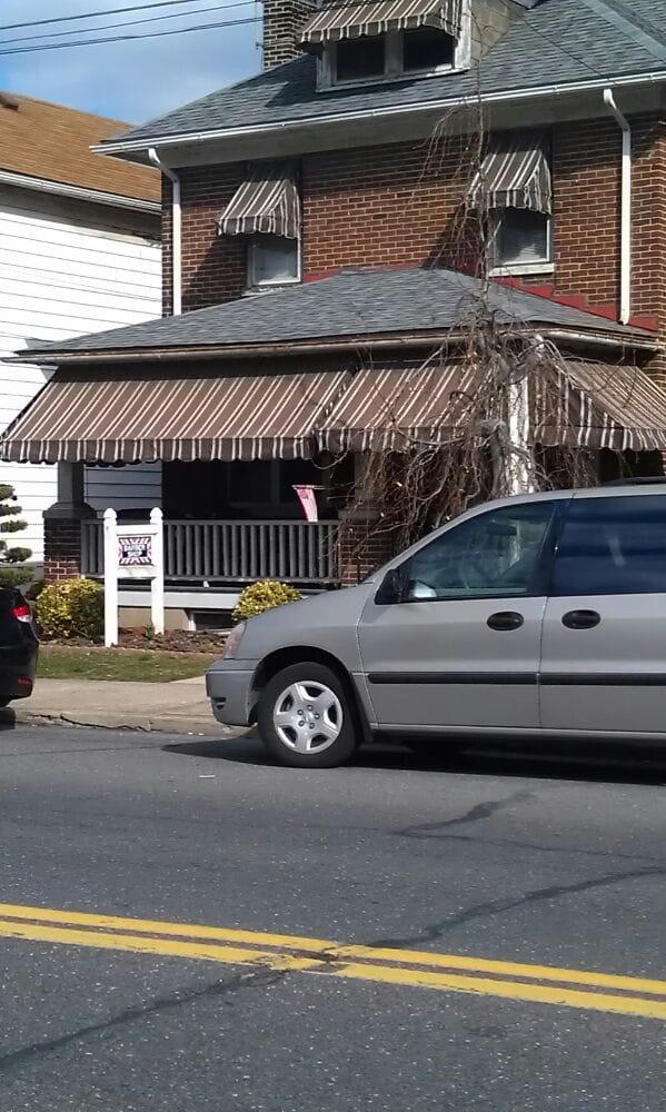 Crisafulli Barber Shop: 2041 Northampton St, Easton, PA